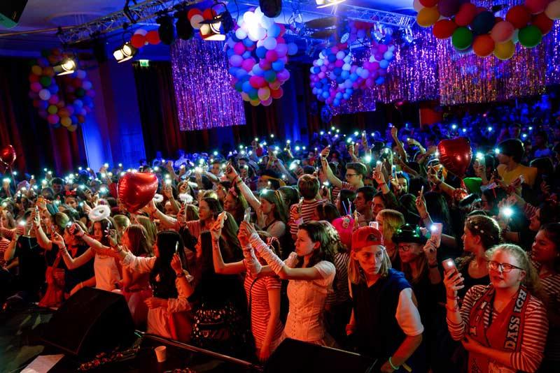 Karnevalfreitag Party